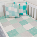 Patchwork quilt - mint