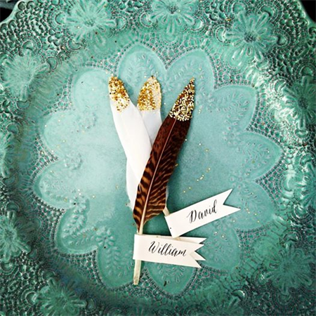 Rustic Glitter Gold Feather Placecard (Brown)