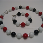 Red, White & Navy beaded necklace and bracelet Set
