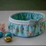 Bunny basket - Blue Trim