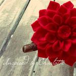 Dahlia brooch in red