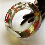 Aussie Natives and Lorikeet Feathers Chunky Resin Bangle