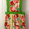 APRON - Beautiful Vintage style. Ideal Mother's Day gift.
