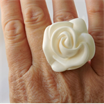 ROSE DELIGHT - hand cast rose shaped resin ring in classic white resin. Size 7