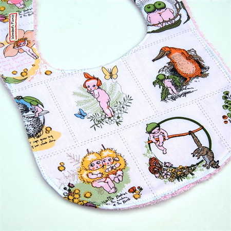Gumnut Babies Baby Bib (White and Pink)