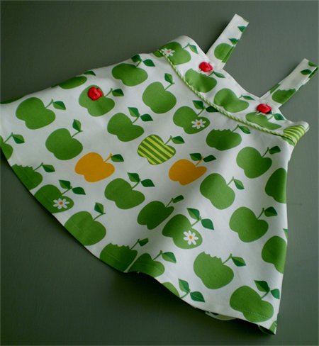 'An Apple a Day' Pinafore