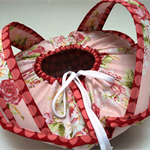 Casserole Carrier - food carrier - pretty pink and burgundy roses