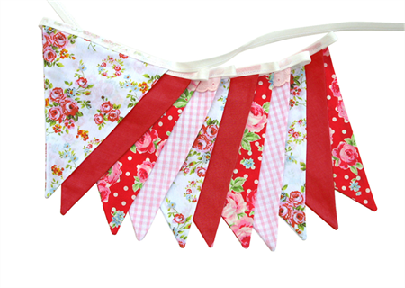 Traditional Roses Pink & Red Bunting. Country Style Tea Party Decoration