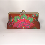 Retro in brown large clutch purse