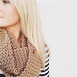 "The Red Essy Loop Scarf ""Chai Latte"""