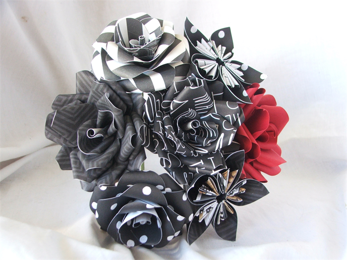 Paper Flower Bouquet Black White Red Iridescentangel Madeit