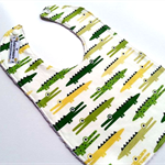 Snap crocodiles bib