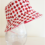 Baby girl 3-6 month old summer hat in mini ladybug fabric