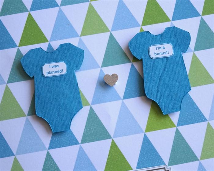 onesie. twin onesies. twins boys. twins gift card. baby shower, Baby shower invitation