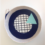 Checkered triangle rope basket