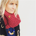 "The Red Essy Loop Scarf ""Cherry Cola"""