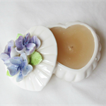 Floral Heart Candle Vanilla Vintage Powder Box Purple Green Flowers Homewares