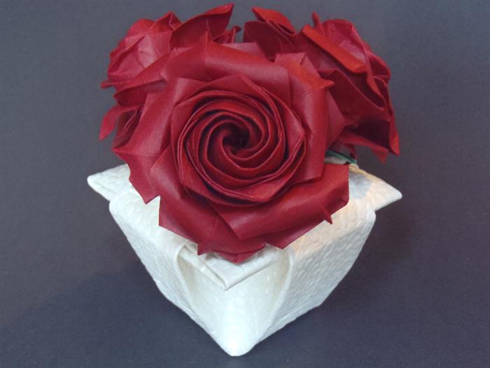 Origami Rose RED